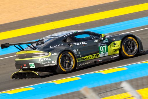 2016 Aston Martin V8 Vantage race car