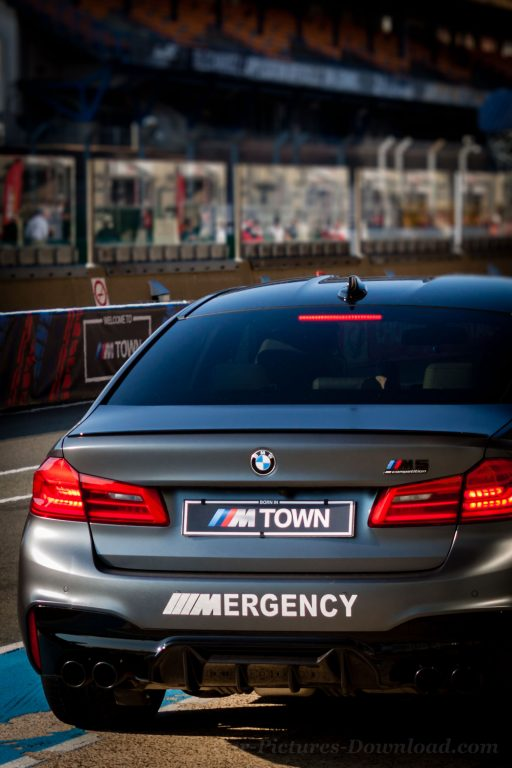 BMW M5 Town Emergency car wallpaper