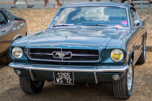 Ford Mustang original vintage muscle car