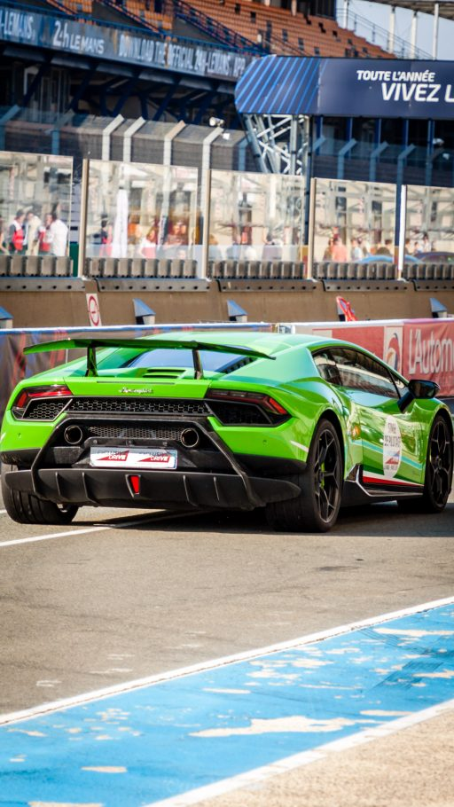 Lamborghini Huracan wallpaper iPhone HD