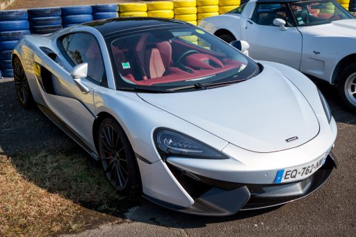 McLaren super car pictures