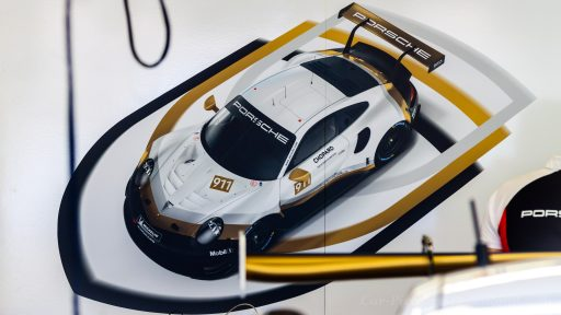 wallpapers HD of best and stylish race cars!