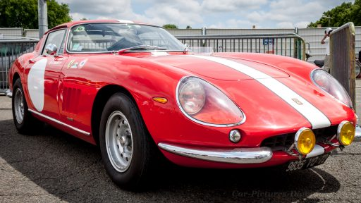 pictures of old ferraris